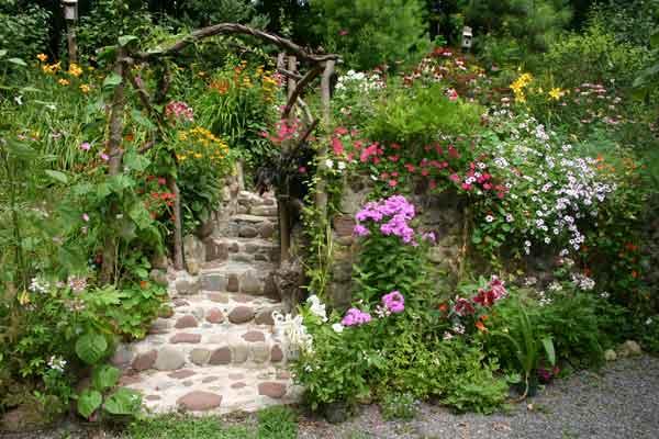 Gardens for Beautiful flower garden designs